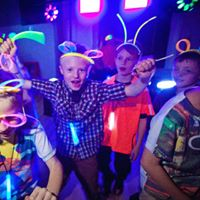 childrens neon party entertainment