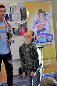 childrens party entertainer Poole & Bournemouth